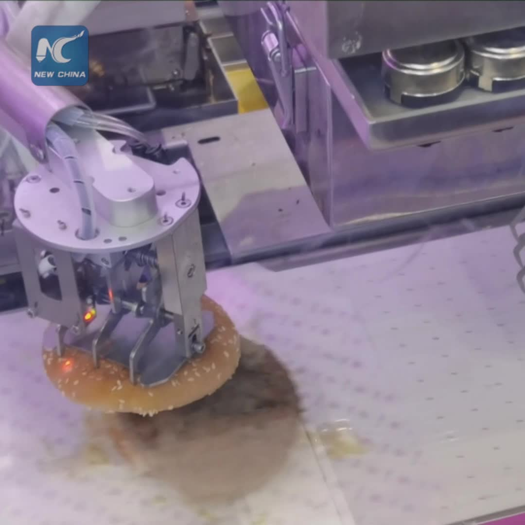 Robot chef makes hamburger in 20 seconds