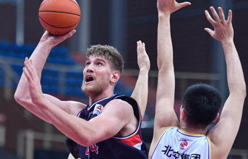 CBA 18th round: Guangzhou Loong Lions vs. Beijing Royal Fighters