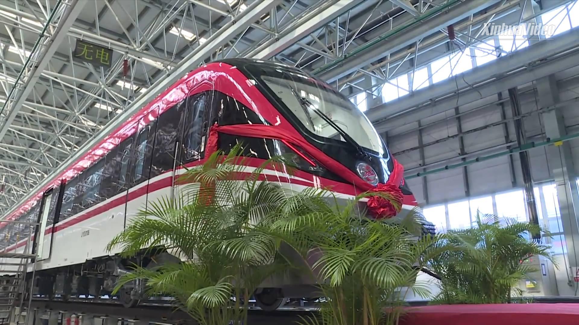 New light rail train rolls off assembly line in Changchun, NE China