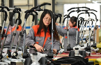 Manufacturing of baby strollers, tricycles pillar business in Quzhou County