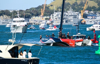 American Magic leads America's Cup first racing day
