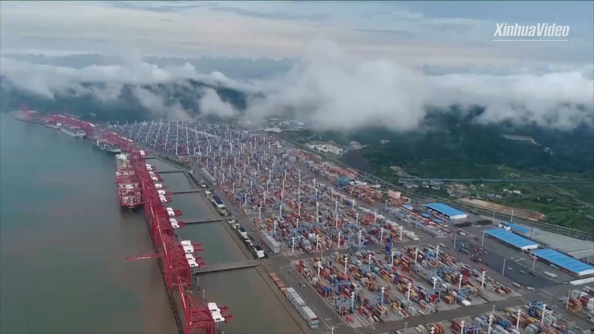 China's busiest port sees record container throughput