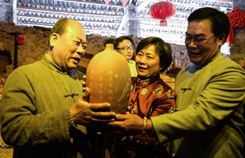 More than 6,000 pieces of Nixing pottery drawn out to greet first day of New Year