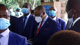 GLOBALink | Zimbabwe kicks off COVID-19 vaccine roll-out