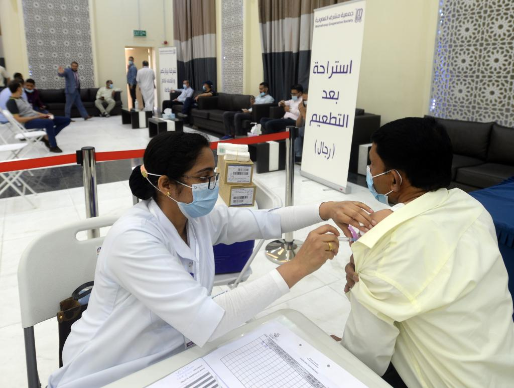 Kuwait reports 1,379 new COVID-19 cases, 245,704 in total