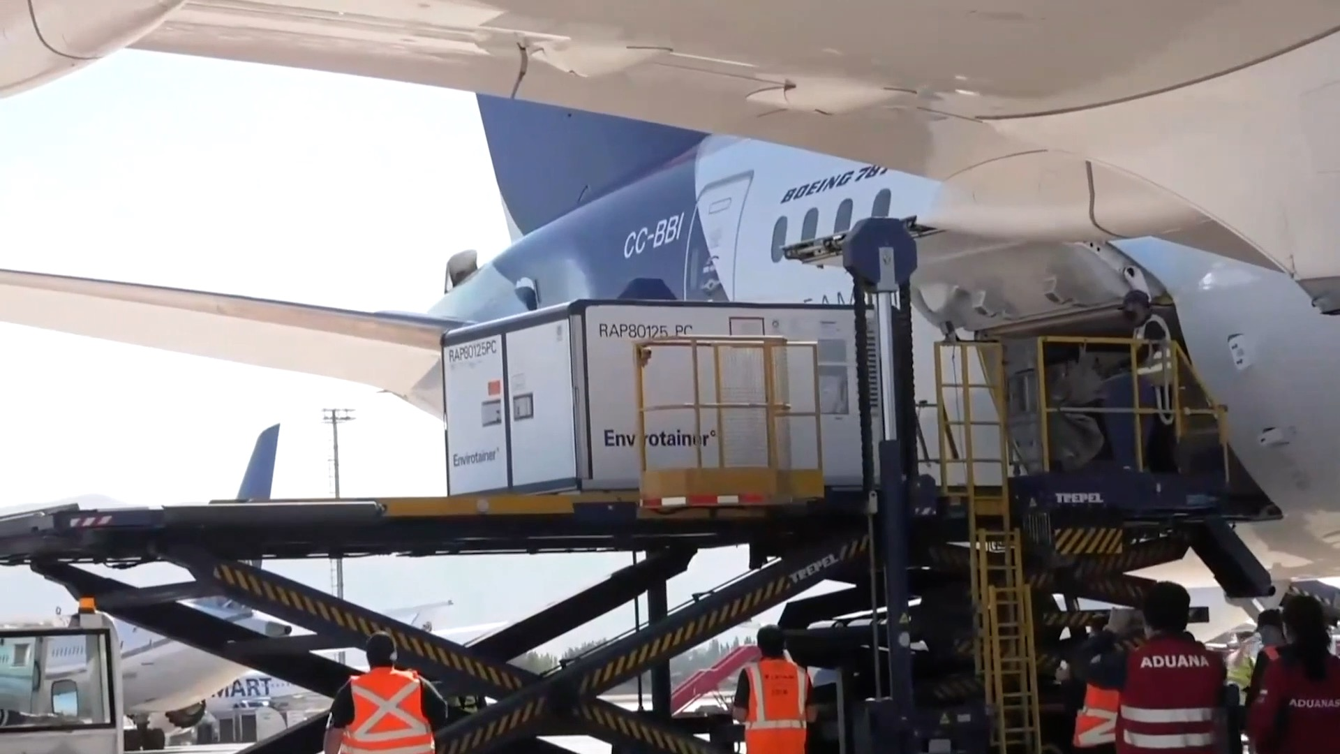 GLOBALink | Chile receives new shipment of Chinese-made COVID-19 vaccines