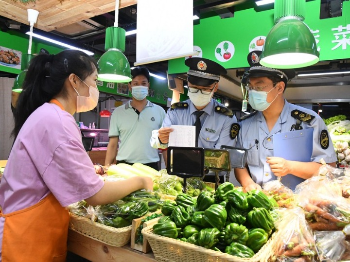 Chinese premier calls for unremitting efforts to ensure food safety