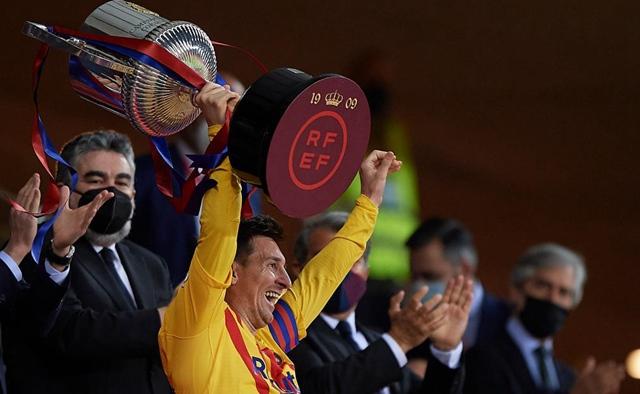 Messi brace leads Barca to Copa del Rey win