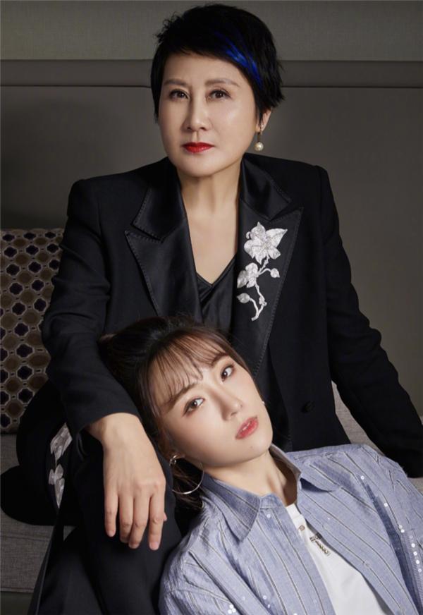 """张凯丽:我在妈妈里算个""""奇葩"""""""