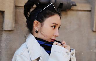 熊乃瑾抵達米蘭 優雅知性演繹深秋街頭時尚