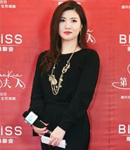 要将好莱坞全球化商业模式对接中国电影产业