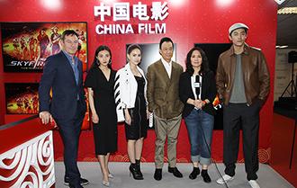 《天火》劇組亮相戛納 為中國電影加油