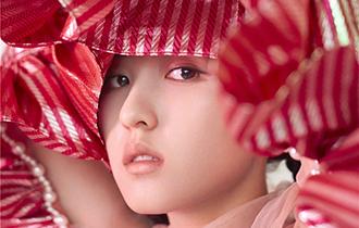 張子楓粉紅絲帶大片 詮釋獨立率性