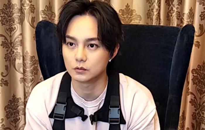 尹正采访视频