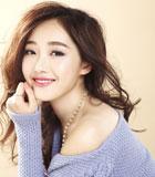 圖:蔣夢婕最新雜志大片 笑容甜美引領夏日清涼風
