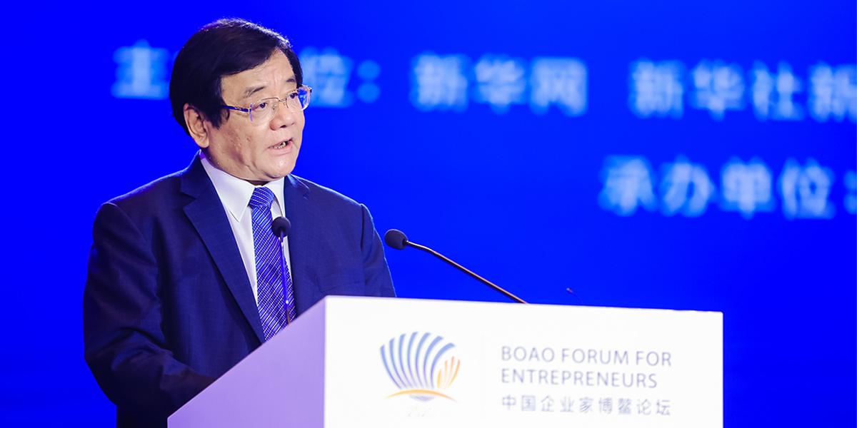 劉平均:積極拓展國內外市場 樹立中國品牌的良好形象