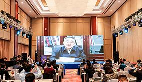 中醫藥需要與現代科技及現代産業相結合