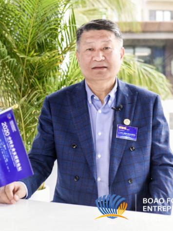 邱智銘:變中求機 中國企業要不斷探索新方向