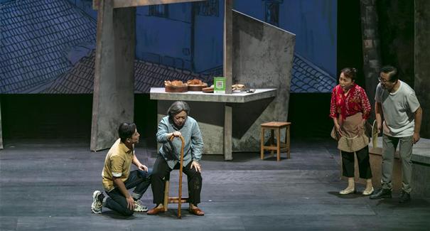 上海:展演原創話劇 服務社區居民