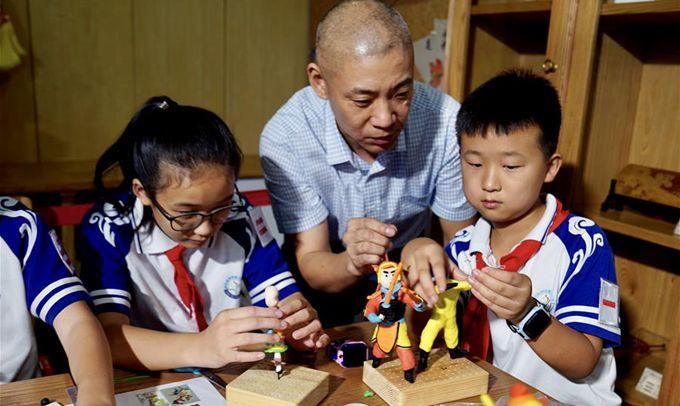 """上海:小小""""非遺傳習人"""" 展傳統文化風採"""