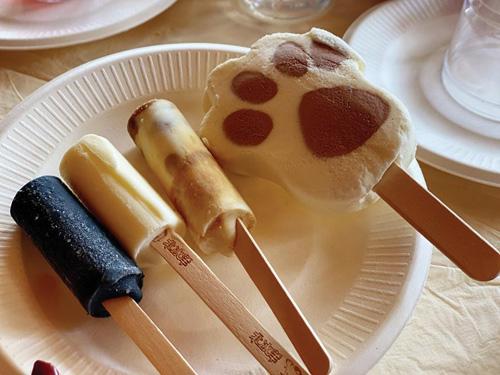 """奇葩口味没落 今夏冰淇淋创新""""拥抱经典"""""""