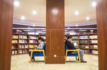 武漢:書店重啟 再品書香