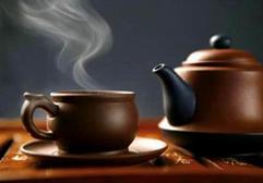 权威辟谣:喝茶可以醒酒?
