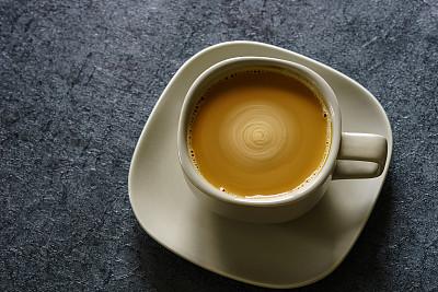 不運動不節食 喝幾杯咖啡就能減脂?