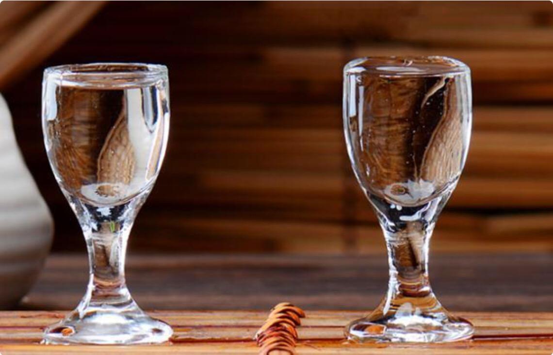 消费回暖 白酒行业半年报业绩大幅预增