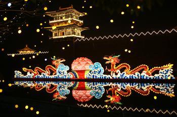 湖北襄陽:流光溢彩迎新春