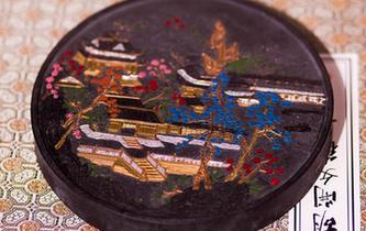 安徽黃山:古法制墨守馨香
