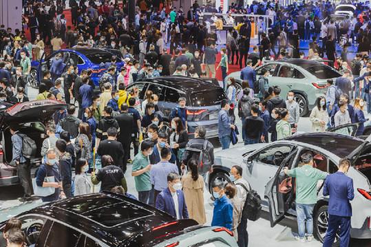 中国车市一路狂奔进入下半年