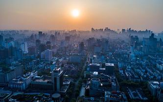 夜幕晨曦瞰杭州