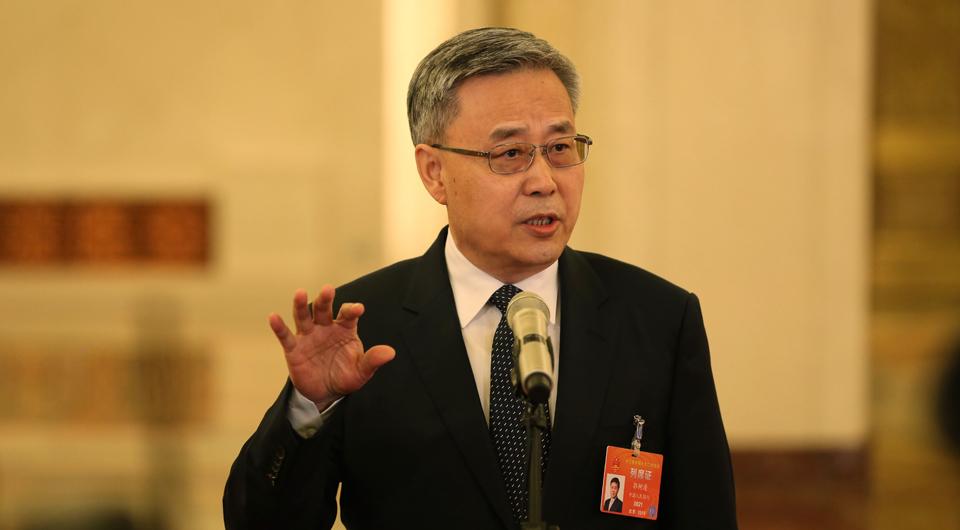 郭树清:中国金融业运行稳健 经得起外部变化冲击