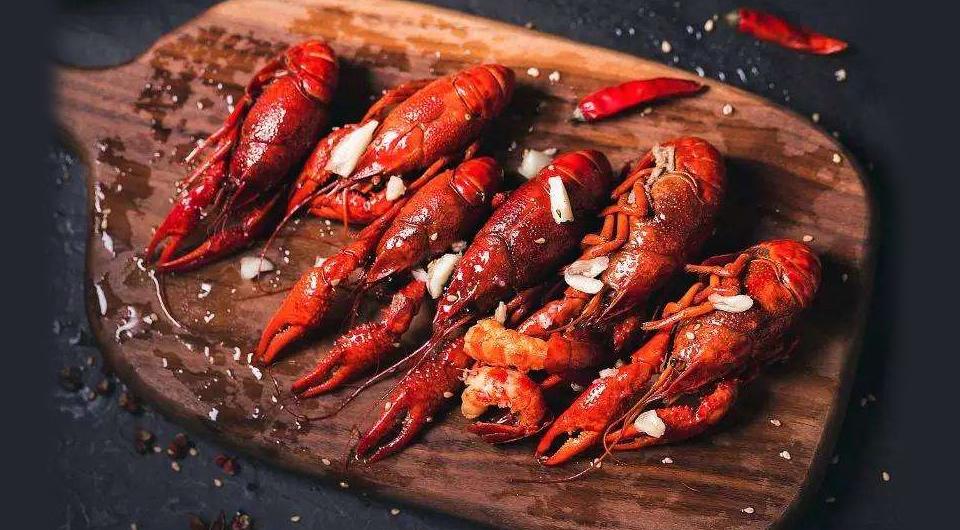 螺蛳壳里做道场,小龙虾吃出大产业——新华社记者年中经济调研采访札记之一