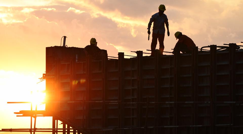 """稳定制造业投资 实施补短板工程——全面做好""""六稳""""工作、办好自己的事系列述评之投资篇"""