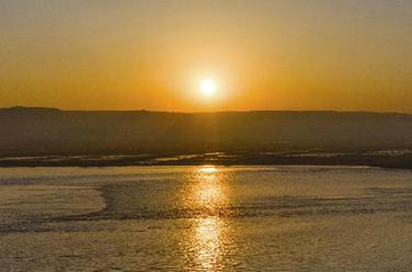 黃河日出 景色迷人