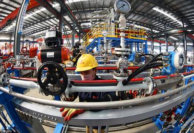中国稳步恢复经济提振全球信心——国际社会高度关注中国两会
