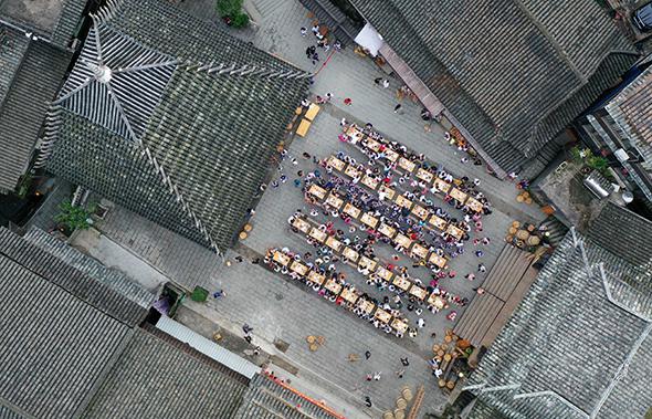 广西三江:高铁催火侗乡风情游
