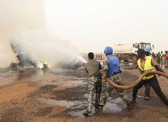 中國赴南蘇丹(瓦烏)維和部隊參與失事客機救援工作