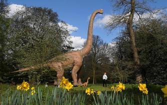 倫敦:恐龍模型迎遊客