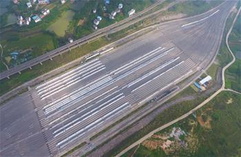全國鐵路實行新列車運行圖