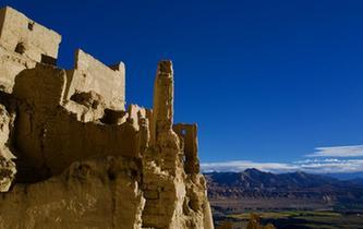 探訪神秘的西藏古格王國遺址