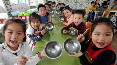 學食禮,修斯文:盤點中國的餐桌禮儀