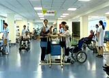 中國老人平均8年帶病生存