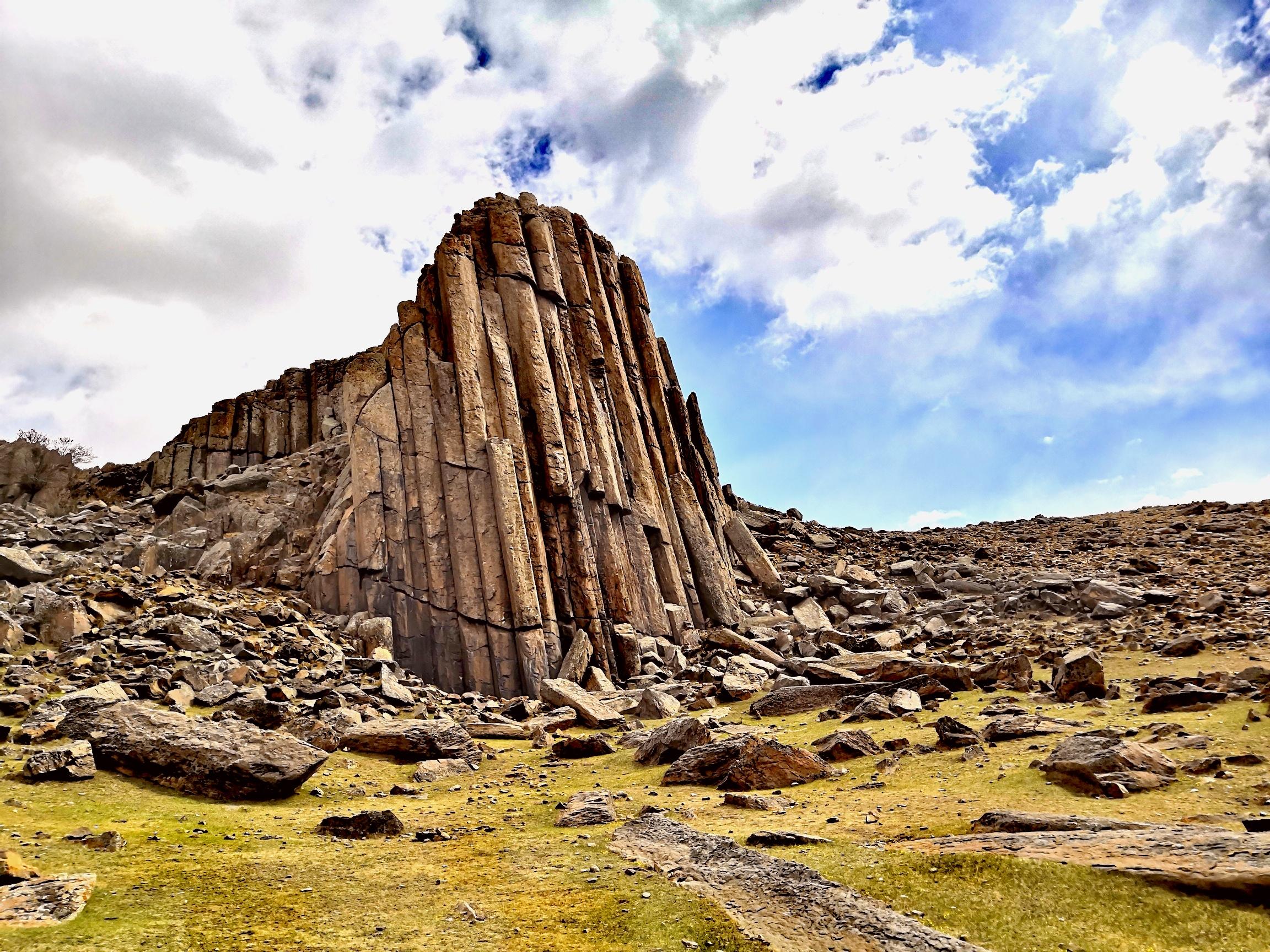 鏡頭帶你探訪內蒙古石條山 感受不同拍攝角度的震撼
