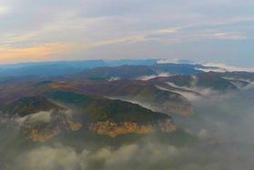 山西山間雲海