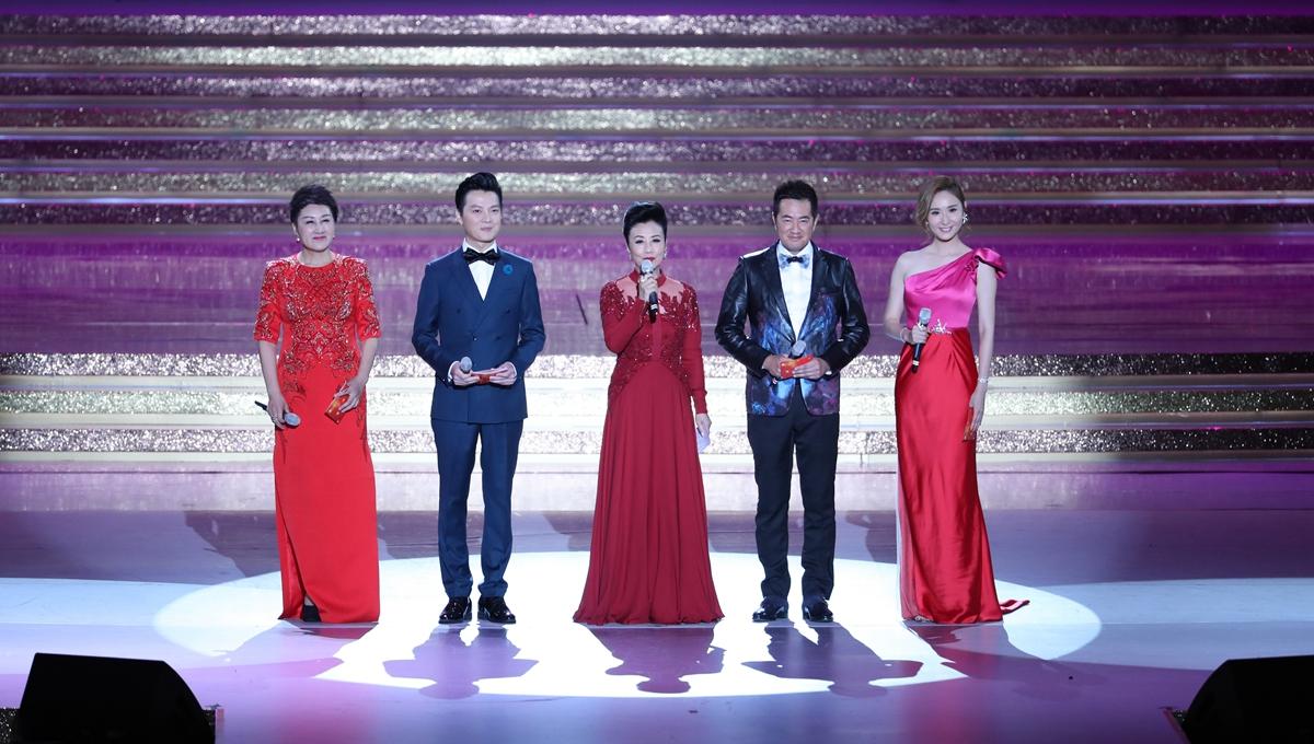 慶祝香港回歸祖國二十周年文藝晚會在港舉行