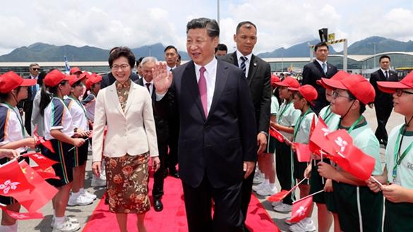 圓滿結束在香港的各項活動 習近平主席離開香港返回北京