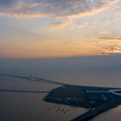 港珠澳大橋開通一周年:一橋連三地 一日遊三城